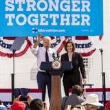 13 DE OCTUBRE DE 2016: Campañas de vicepresidente Joe Biden para Nevada Democratic U S Candidato Catherine Cortez Masto del senad Foto de archivo