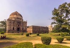27 de octubre de 2014: Mezquita en los jardines de Lodi en Nueva Deli, la India Imagen de archivo