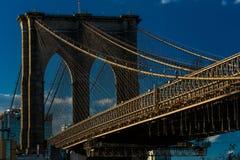 24 de octubre de 2016 - puente de BROOKLYN, NUEVA YORK - de Brooklyn y visto en la hora mágica, puesta del sol, NY NY Imagenes de archivo