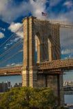 24 de octubre de 2016 - puente de BROOKLYN, NUEVA YORK - de Brooklyn y visto en la hora mágica, puesta del sol, NY NY Fotografía de archivo libre de regalías