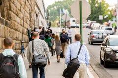 2 de octubre de 2014: Washington, DC - gente que viaja a través de la unión Imagen de archivo