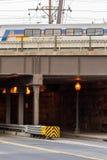 2 de octubre de 2014: Washington, DC - trenes y cables de arriba en U Foto de archivo