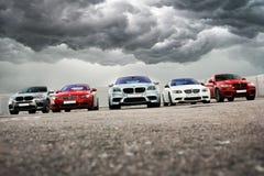 15 de octubre de 2016; Kiev, Ucrania; BMW M5 Matt y 2x BMW X6 M y BMW M3 E92 imagen de archivo