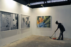 2 de octubre, Tel Aviv - exposición de la foto en el teléfono Aviv-Jaffa, un desconocido Fotos de archivo