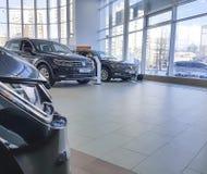 De Oekraïne Kiev 25 Februari, concept van de 2018 het nieuwe auto's binnenlandse elegante stijl in de de Motorshow van presentati Stock Afbeeldingen