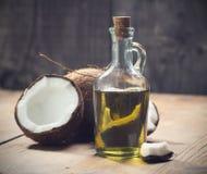 De olie van de kokosnoot Stock Afbeeldingen