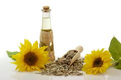 De Olie van de zonnebloem in een Fles stock afbeelding