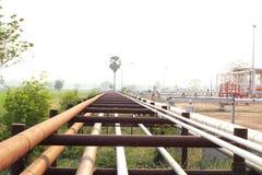 De Olie van het pijpleidingsvervoer, aardgas of water Stock Foto's