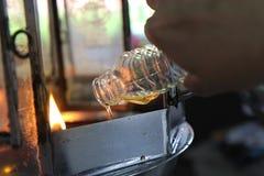 De olie vult een lamp voor verlichting en voor gebruik in wierook in royalty-vrije stock fotografie