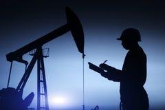 de oliearbeiders werken stock foto's