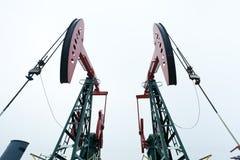 De oliepompen van het staal Stock Afbeelding