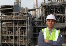 De olieraffinaderij van de ingenieur Royalty-vrije Stock Afbeelding