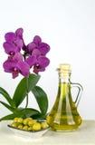 De olijfolie is een natuurlijk product Stock Afbeeldingen
