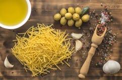 De olijfolie is een natuurlijk product Stock Afbeelding
