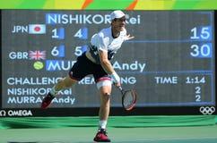 De olympische kampioen Andy Murray van Groot-Brittannië in actie tijdens mensen ` s kiest halve finale van Rio uit 2016 Olympisch Stock Afbeelding