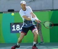 De olympische kampioen Andy Murray van Groot-Brittannië in actie tijdens mensen ` s kiest halve finale van Rio uit 2016 Olympisch Royalty-vrije Stock Afbeelding