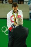 De olympische kampioen Andy Murray van Groot-Brittannië tijdens tennismensen ` s kiest medailleceremonie van Rio uit 2016 Olympis Royalty-vrije Stock Afbeelding