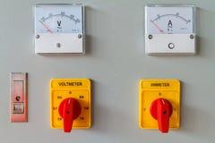 De omschakelingsknoop van de voltmeter royalty-vrije stock foto's