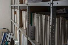 De omslagen van de rekheks in archief stock fotografie