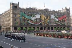 De Onafhankelijkheidsparade van Mexico Stock Afbeeldingen