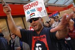 De onafhankelijkheidsprotest van Kosovo Stock Fotografie