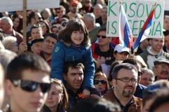 De onafhankelijkheidsprotest van Kosovo Stock Afbeeldingen