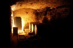 De ondergrondse Kelder van de Wijn Stock Afbeelding