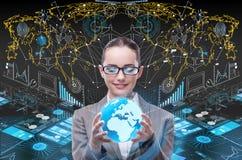 De onderneemster in globaal bedrijfsconcept Stock Foto's