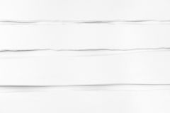 De ongelijke, bochtige raad schilderde wit Achtergrond, Textuur Royalty-vrije Stock Afbeeldingen