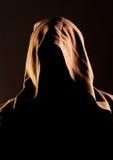 De onherkenbare monnik van de geheimzinnigheid Stock Afbeeldingen