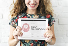 De online Communicatie Webpagina wikkelt Postconcept Stock Foto