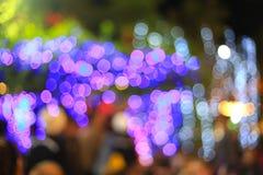 De onscherpe lichte abstracte achtergrond van de neonnacht Royalty-vrije Stock Afbeeldingen