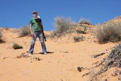 De ontdekkingsreiziger van de woestijn stock afbeeldingen