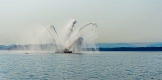 De Ontploffing van de brandboot royalty-vrije stock afbeelding