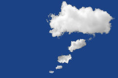 Is de ontwerp witte gedachte bel wolk op het blauw Stock Afbeeldingen