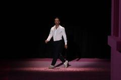 De ontwerper Marc Jacobs begroet het publiek op de baan in Marc Jacobs tijdens MBFW-de Lente van 2015 Stock Fotografie