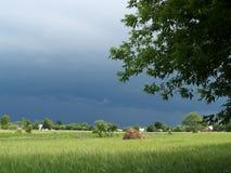 De onweersbui komt meer dichtbij Royalty-vrije Stock Foto
