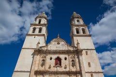 De Onze Dame van de Onbevlekte Ontvangeniskathedraal in Campeche, stock foto's
