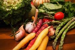 De oogst plantaardige selectie van de chef-koks organische gezonde daling Royalty-vrije Stock Fotografie