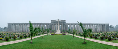 De Oorlogsbegraafplaats van Ktaukkyant Stock Foto's