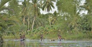 De oorlogsceremonie van de kano van mensen Asmat Royalty-vrije Stock Afbeelding