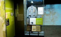 De Oorlogstentoongesteld voorwerp van Vietnam binnen het Nationale Burgerrechtenmuseum in Lorraine Motel stock afbeelding