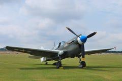 De oorlogsvliegtuig van de wereld op baan Stock Foto