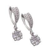 De oorringen van de diamant royalty-vrije stock foto's