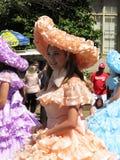 De oostelijke Vrouw van Kustmaryland in een Oranje Kleding Royalty-vrije Stock Afbeelding