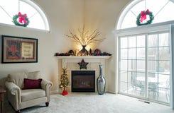 De Open haard van de Kerstmishoek met Openlucht de Winterscène stock foto