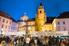 De open markt van het keukenvoedsel in Ljubljana, Slovenië Stock Afbeeldingen