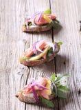De open onder ogen gezien sandwiches van de zalm Stock Fotografie
