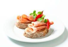 De open onder ogen gezien sandwiches van Prosciutto Royalty-vrije Stock Afbeelding