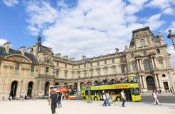 De open Toeristen vervoeren - Parijs per bus Stock Afbeelding